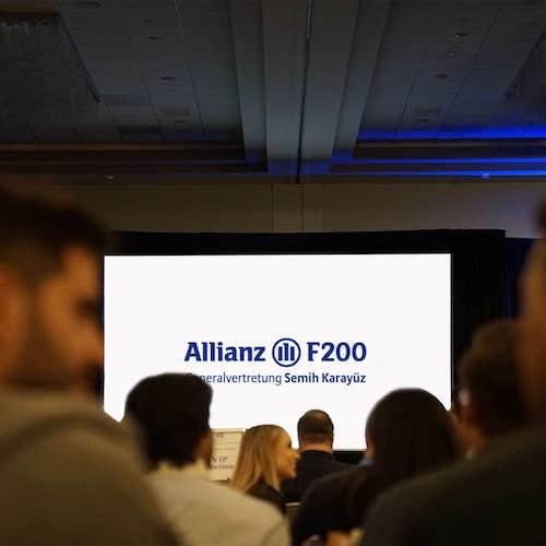 Allianz_F200_EXPAT